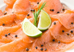 Carpaccio de saumon à l'huile de lin